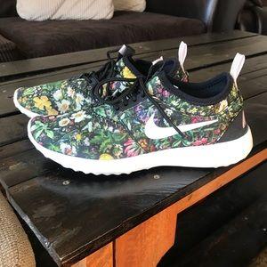 Nike Juvenate Shoe (Women's)